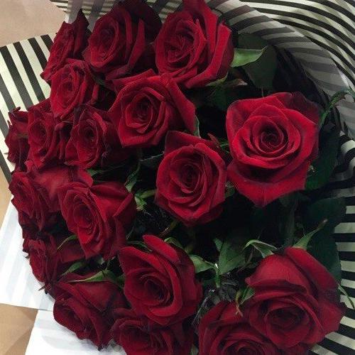 Букет из 21 розы Гран-При