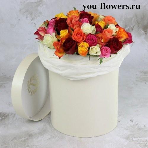51-на разноцветная роза в шляпной коробке