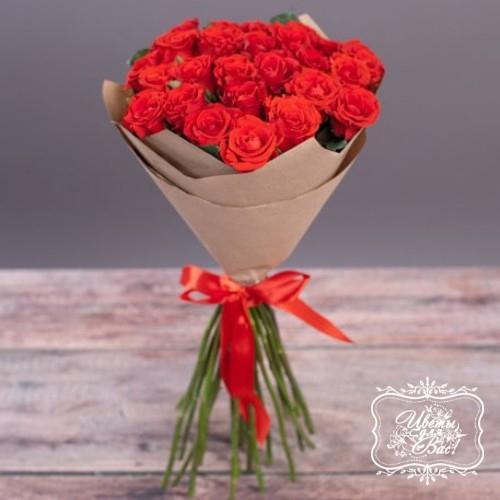 """Букет из 25 алых роз """"Эль Торо"""""""