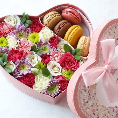 "Коробка со сладостями ""Любовь"""