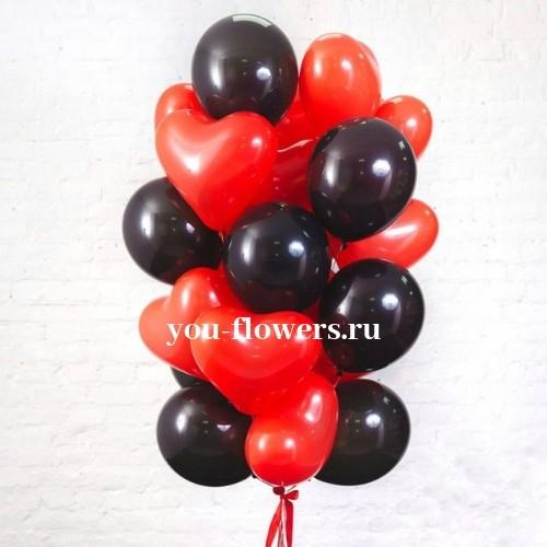 Связка из 15 шаров в форме сердца и 10 черных шаров